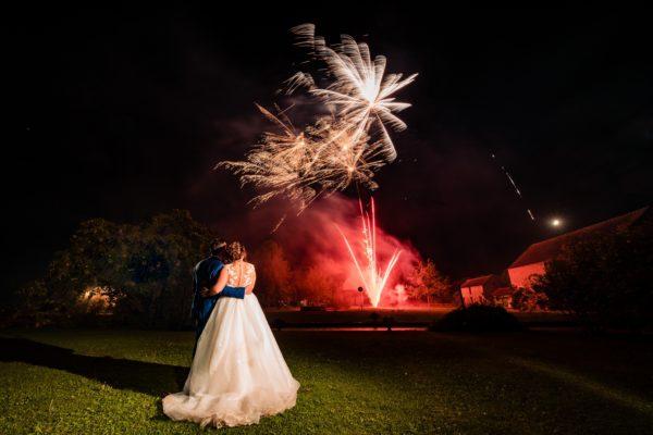 Mariés feux d'artifice (Copier)